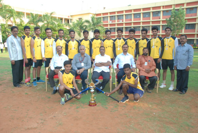 MCIC Hockey Runners